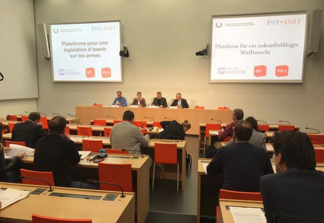 Medienkonferenz_Waffenrecht